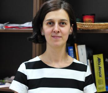 Cercetător ştiinţific III Camelia Sabina BOTEZAN