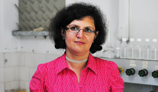 Conf.dr. Delia GLIGOR